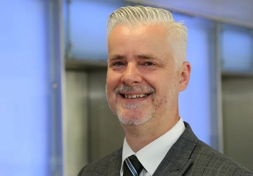 Allianz veteran moves up to regional role