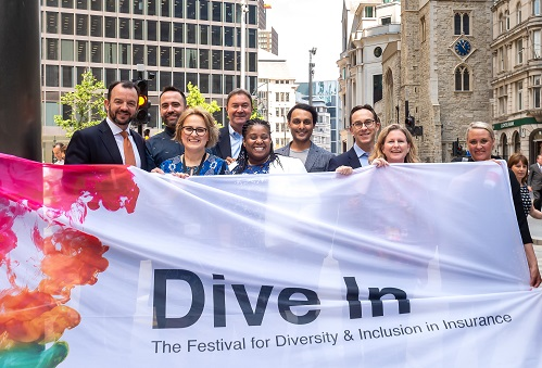 Dive In launches with a bang