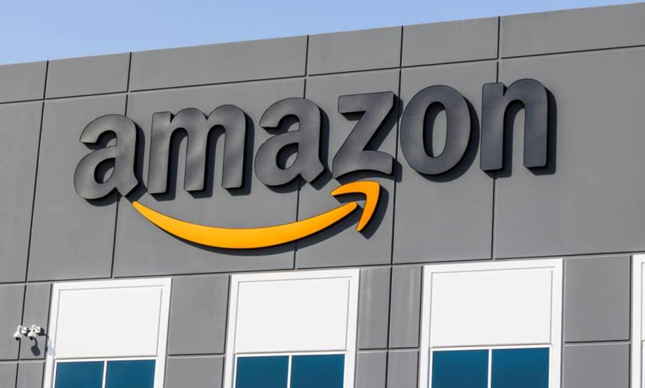 Amazon's Whole Foods to cut medical benefits for part-timers