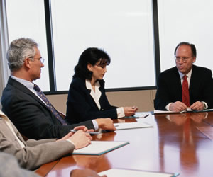 Despite many women in HR, glass ceiling prevents equality among HR directors