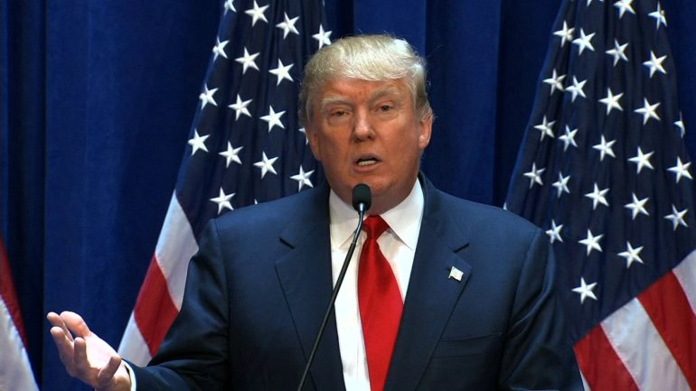 Donald Trump outlines plans for health insurance industry