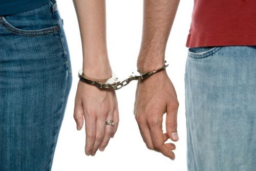 Delaware couple arrested for $100k insurance scam