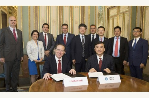 MAPFRE signs cooperation agreement with China Re