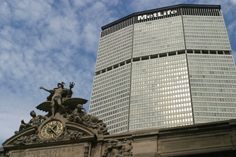 Metlife breakup could sway AIG, Prudential to follow suit
