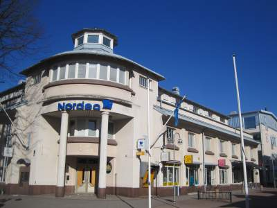 Denmark considers using insurers to police banks