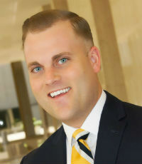Richard W. Bryan Jr., Associate director, Wortham Insurance & Risk Management