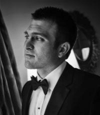 Ryan Gonzalez, Associate broker, AON Risk Solutions