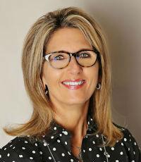 Sally Wood, Senior vice president, Evolve Bank & Trust