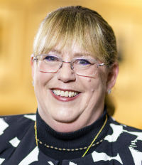 9. Sarah Irwin, Principal, Aon Reed Stenhouse
