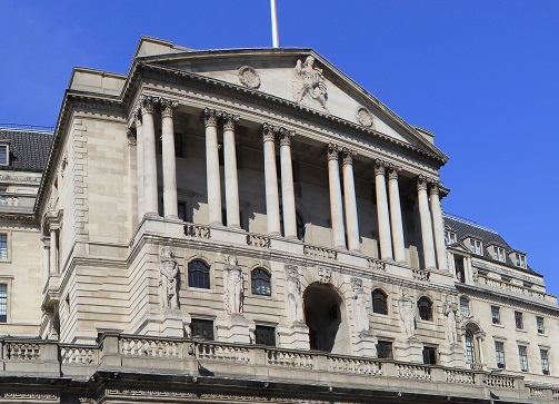 Bank of England warns insurers on cutting prices