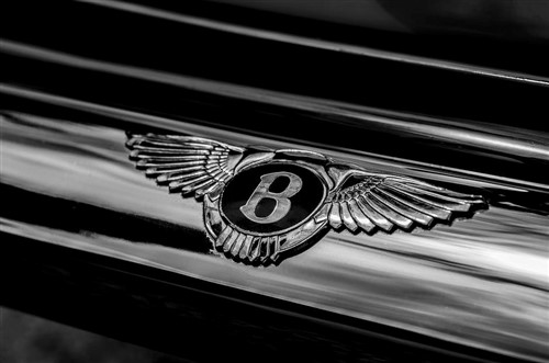 Insurance fraudsters netted $2.9 million, bought Bentley convertible