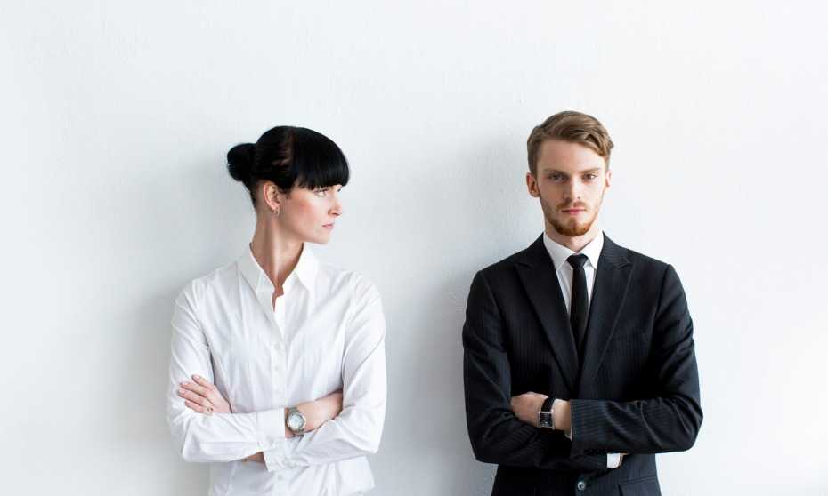 How do you manage a difficult employee?