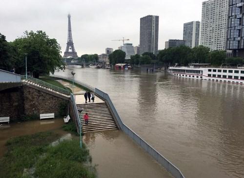 European floods put pressure on insurers