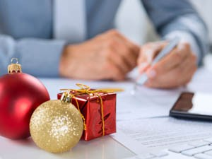 Lighter side: Workplace gift-giving ideas (part two)