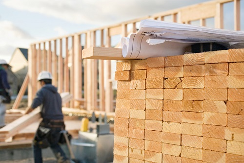 Lumber tariffs, available lots weigh on builder confidence