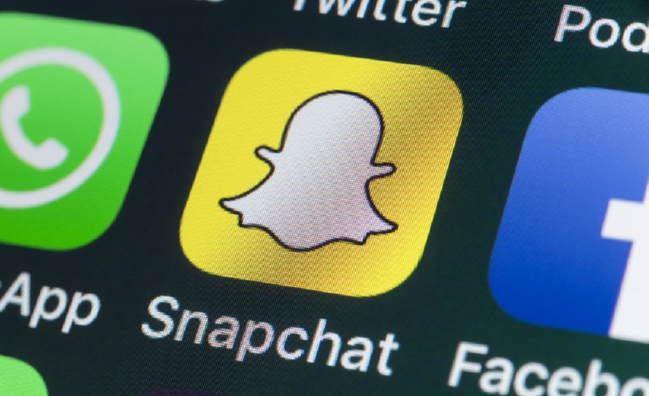 McDonald's taps Snapchat-loving job hunters with 'Snapplications'