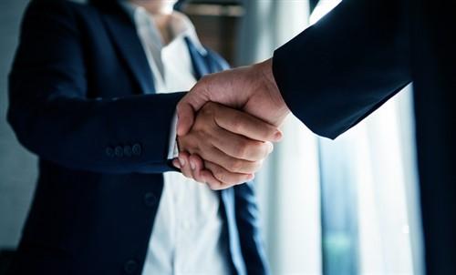 The Hartford lands $2.1 billion cash deal to acquire Navigators