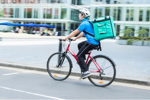 Partnership rolls out cover for self-employed couriers
