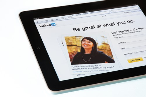 Is your LinkedIn profile open to data miners?