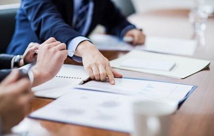 Major insurers sign ESL pledge