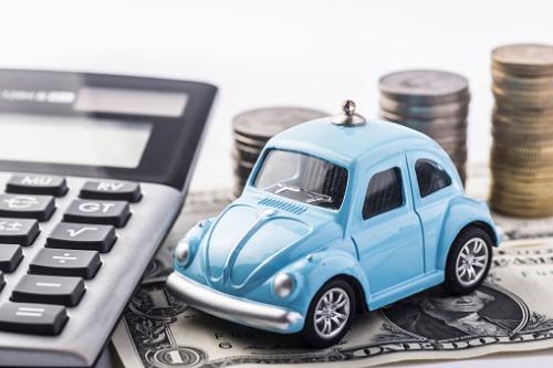 Auto insurance rates rise again – report