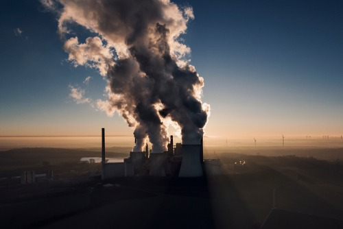 Campaign group lashes out at insurers of new coal power plant