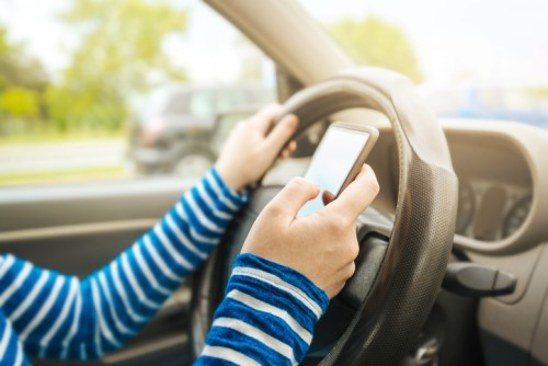 Survey: Ontarians not grasping the meaning of distracted driving