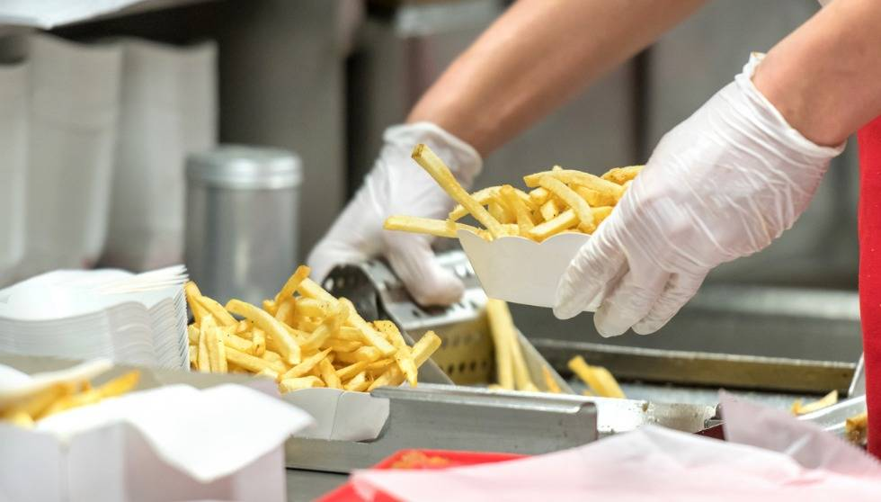 Fast-food crew quits en masse and posts 'warning' to customers