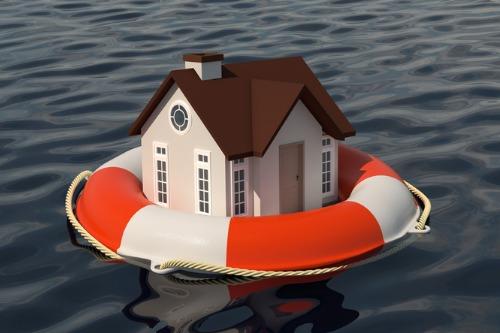 Edmonton rental homeowners await insurance following sewage backup