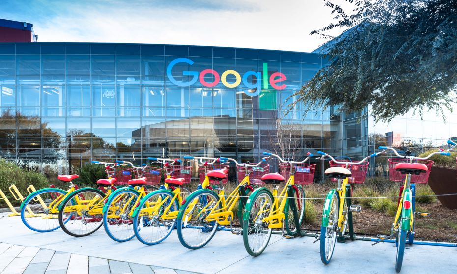 Google workers demand company not work with border agencies