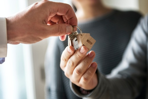 Existing homes sales gained in July in all but one major region