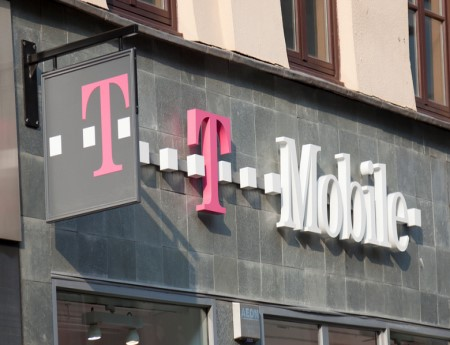 what does t mobile insurance cover