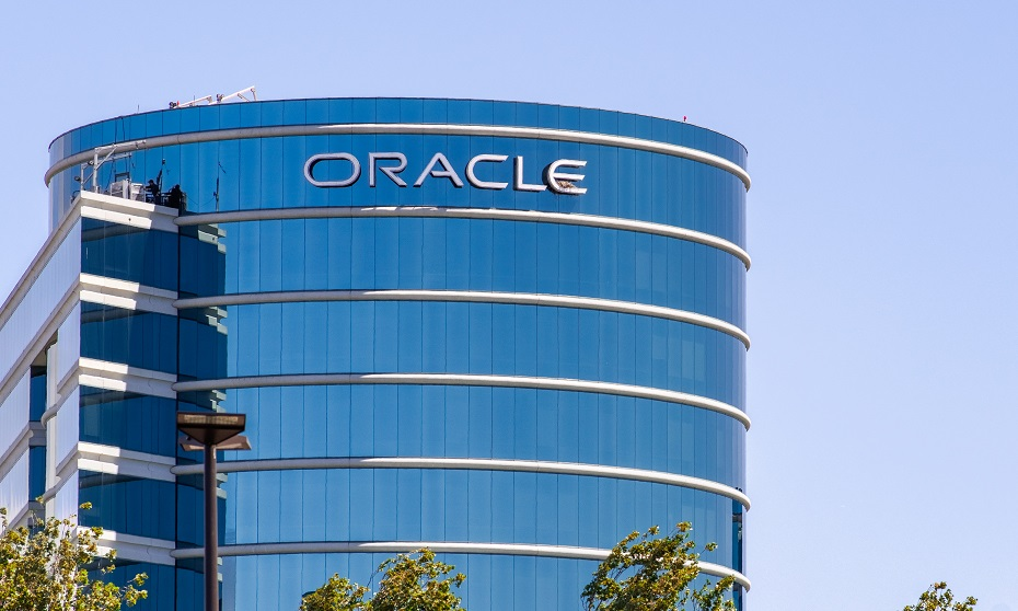 Oracle grappled for months over disclosure of CEO Hurd's illness