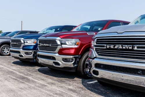 Fiat Chrysler recalls more than 875,000 pick-up trucks due to tailgate issue