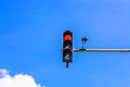 Drivers to see more red light safety cameras in Auckland