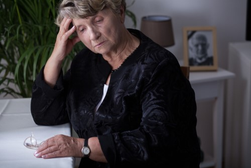 Why many Canadians are unprepared for financial impact of widowhood