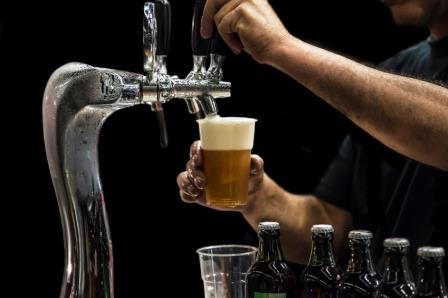 Market for restaurant insurance small – carriers shy away from booze