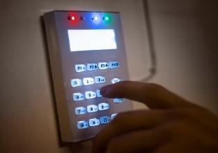 Should policy change have set alarm bells ringing for burgled medics?