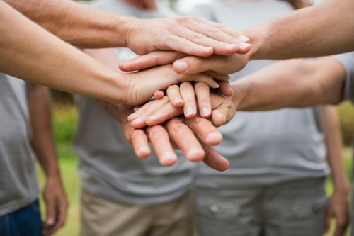 Which charities are insurance brokers most likely to support?