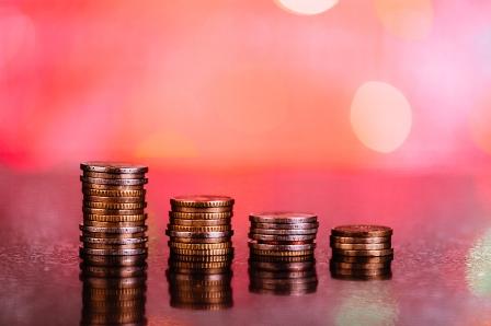 Zurich reveals profit fall by 12%