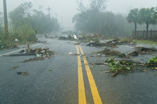 Hurricane warning: the season is not yet over