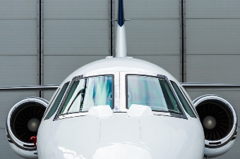 'Uber for private jets' gives wings to aviation insurance