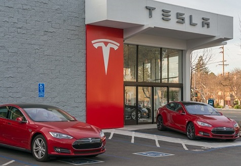 Tesla offers lifetime insurance and maintenance for its vehicles