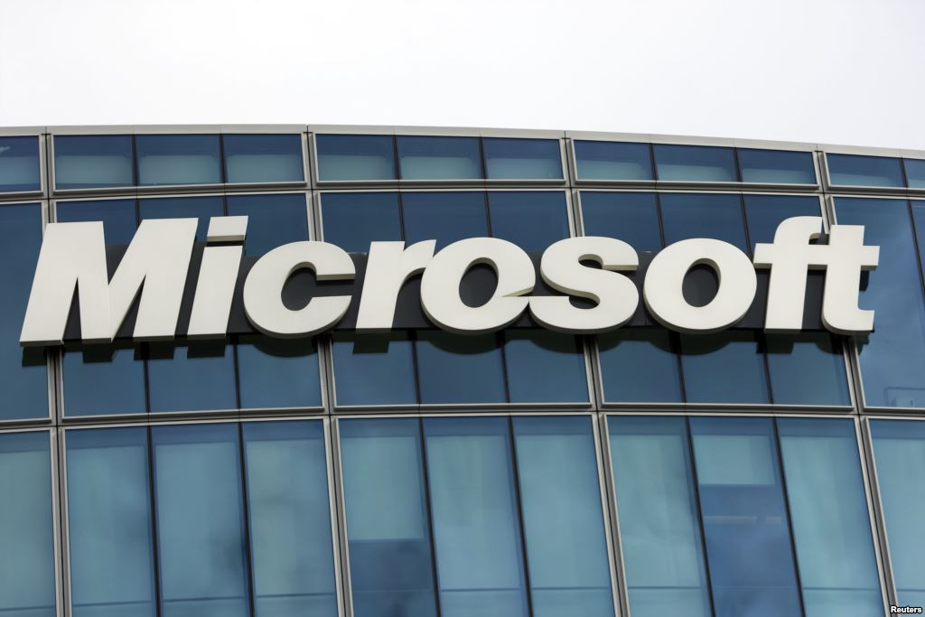 Loophole allows Microsoft to relocate employees to the USA