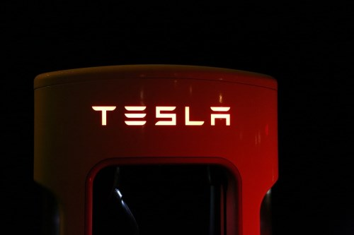 Musk tells Tesla owners to switch insurers