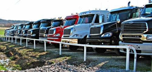 Truckers cut jobs in September