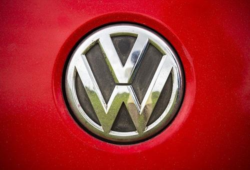 Volkswagen preempts diesel owner lawsuit, settles a week early