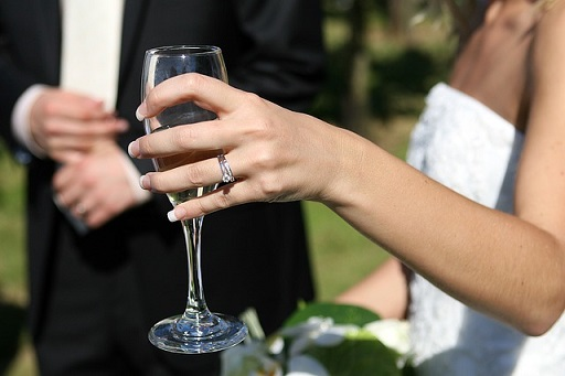 Vecta secures wedding insurance scheme